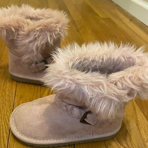 🙊3/$30 Pink children's place boots